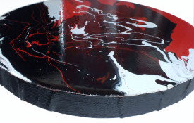 High gloss reflective black and white round art